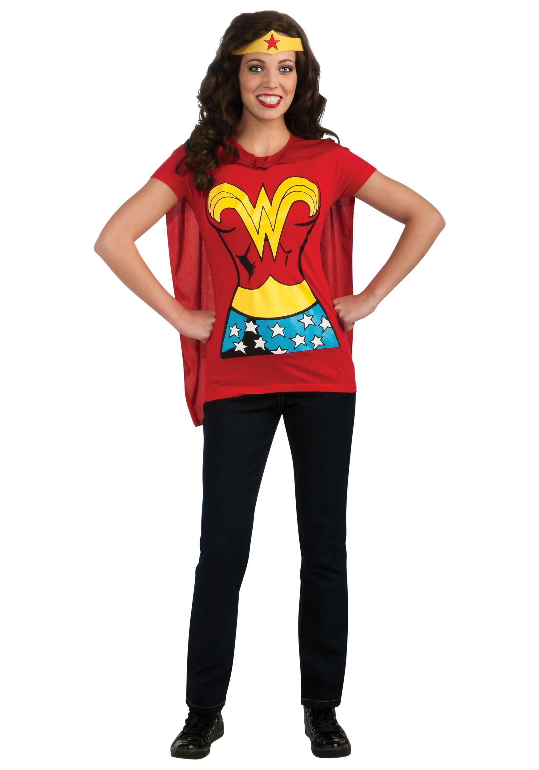 Man in wonder woman costume-7175